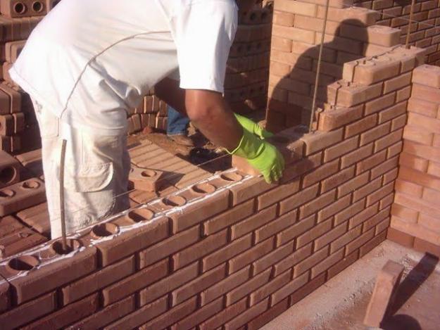 Tijolos ecológicos para construção