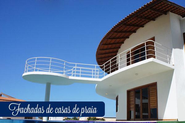 fachadas de casas de praia