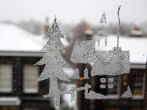 Neves na janela