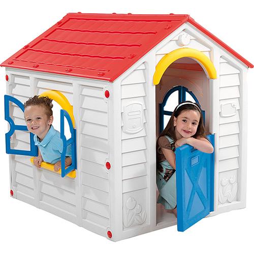 Casa de boneca de plástico