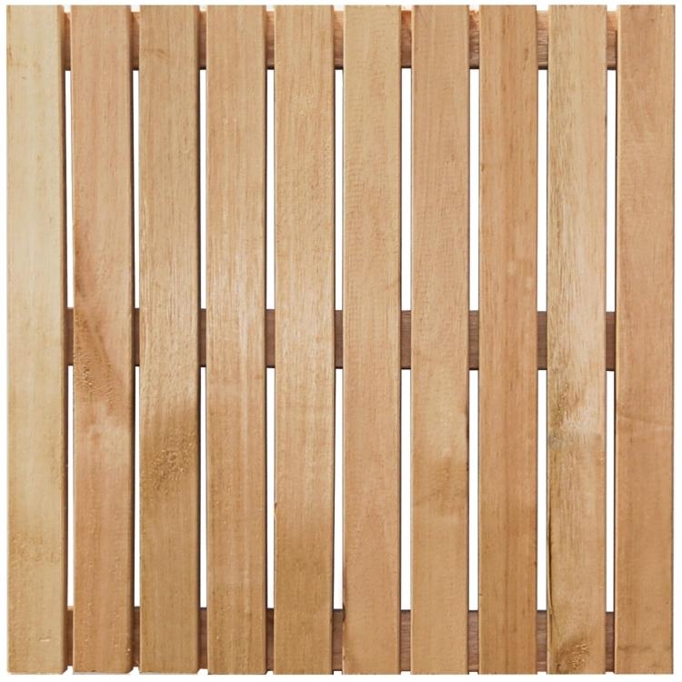 Deck de madeira para piscinas