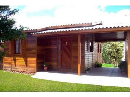 casa de praia simples de madeira