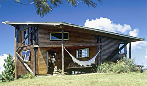 Casa de praia com madeira