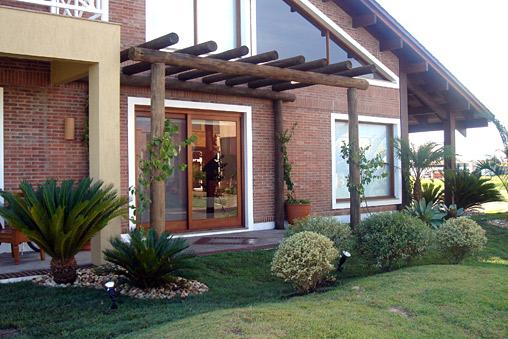 7 tipos de casas com pergolados