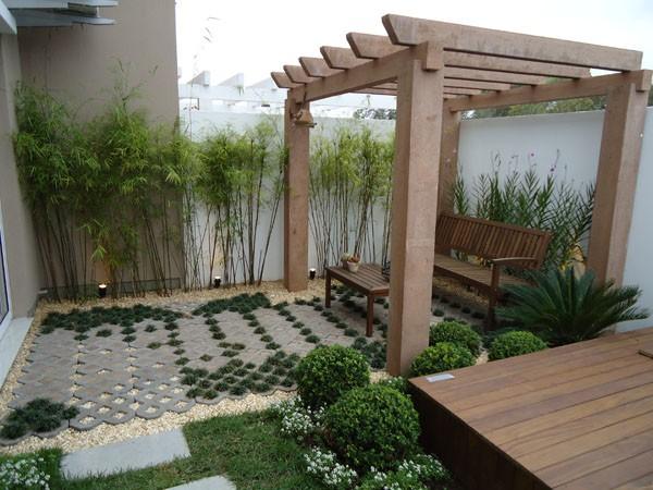 decoracao muros jardim:Outra ideia de pergolado é essa construção que vemos abaixo que