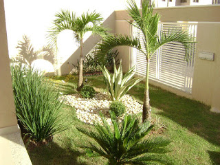 Modelos de jardins residenciais para frente de casa for Decoracion jardines pequenos frente casa