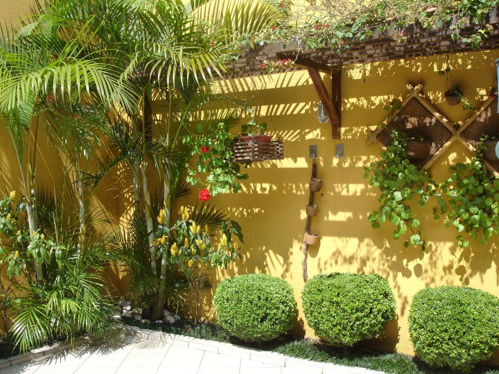 Modelos de jardins residenciais para frente de casa Decoracion de jardines pequenos rusticos