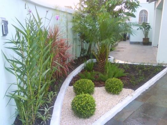 Modelos de jardins residenciais para frente de casa for Jardines pequenos para casas pequenas