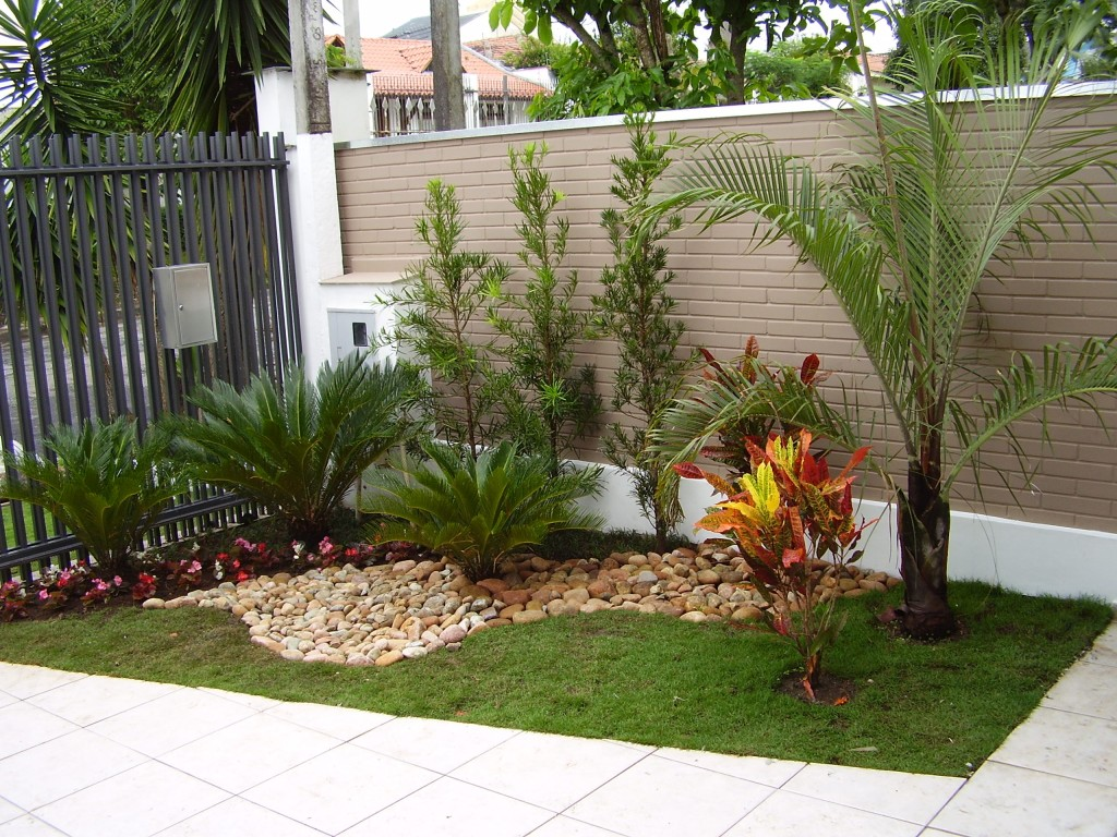 63 imagens de jardins montados for Casa para almacenaje jardin