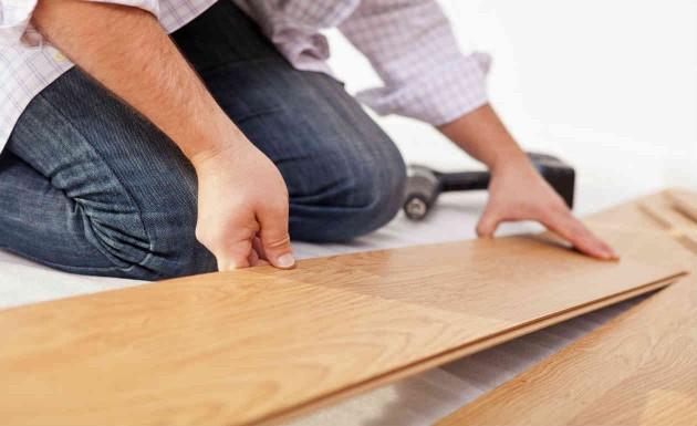 Como colocar pisos laminados