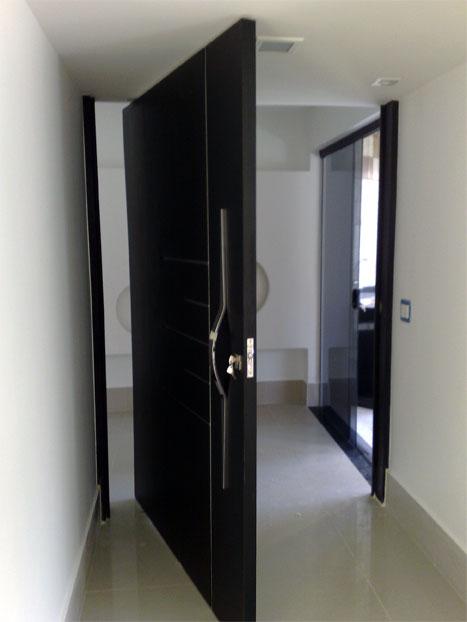 Porta Pivotante 10
