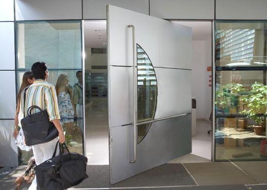 Porta Pivotante 14