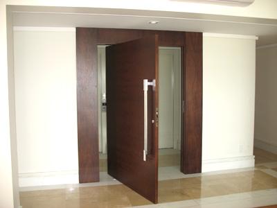 Porta Pivotante 26