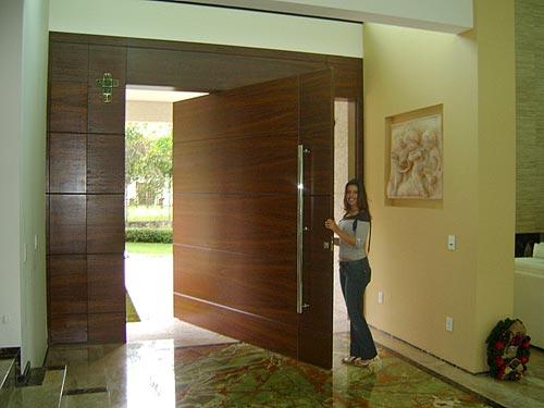 Porta Pivotante 6