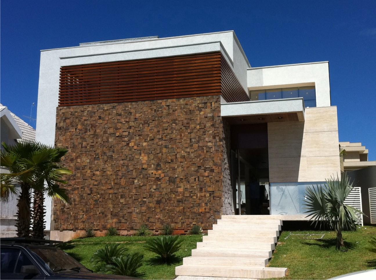 35 modelos de fachadas decoradas com pedras for Casa moderna 2019