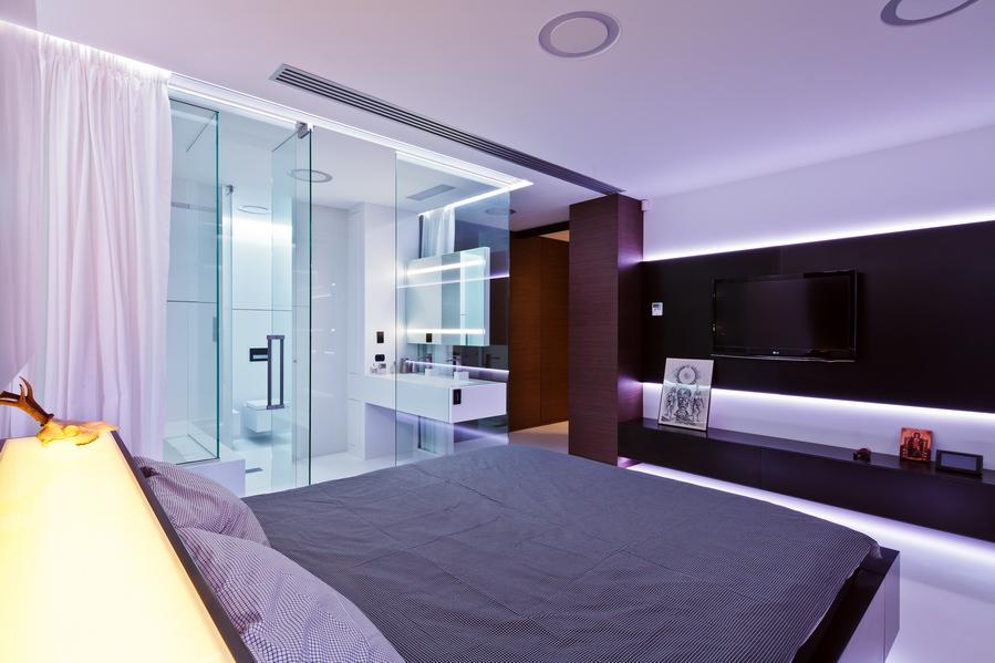 7 dicas de decoração em suites -> Banheiro Pequeno De Vidro Dentro Do Quarto