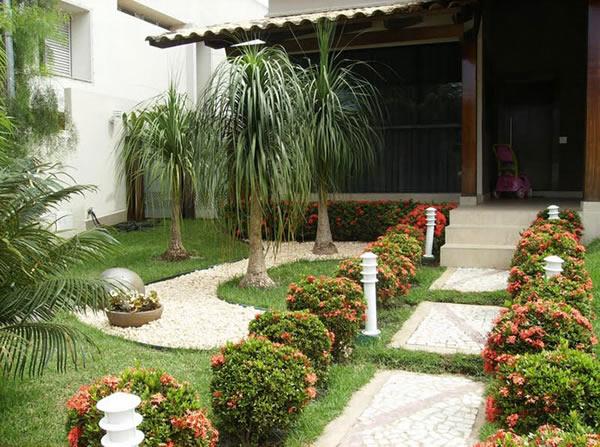 100 fotos de jardins de casas para inspirar for Ver jardines de casas pequenas
