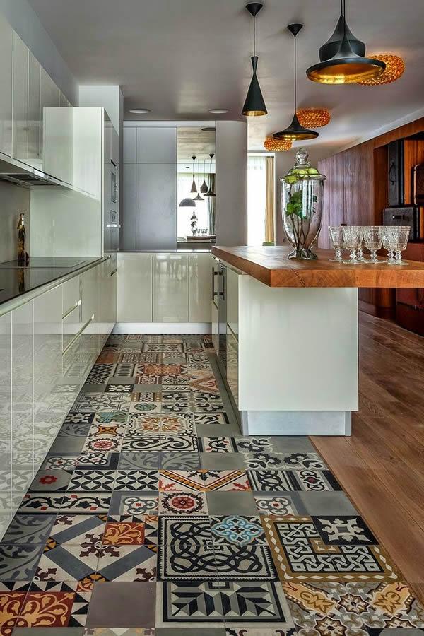 10 modelos de pisos para cozinha - Comment faire une mosaique en carrelage ...