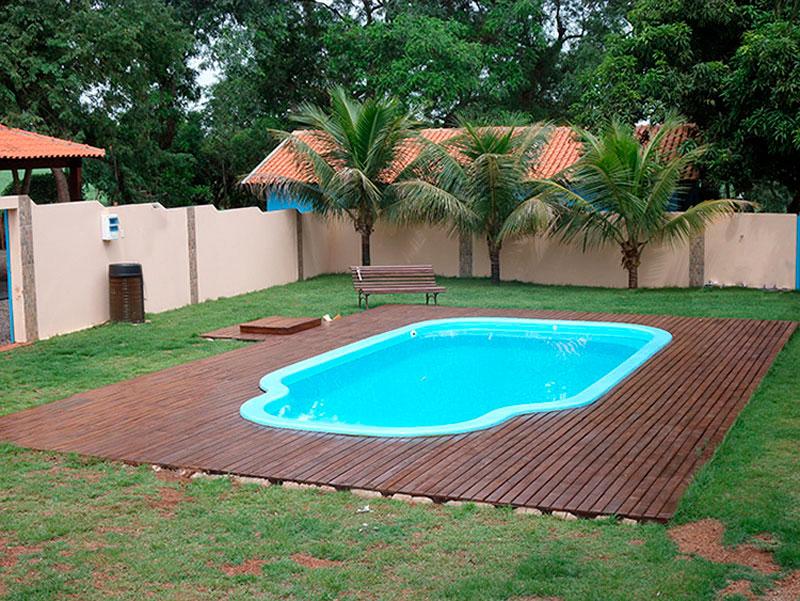 Modelos de piscinas para sua casa 40 fotos for Modelos de piscinas en fincas