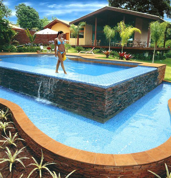 Modelos de piscinas para sua casa 40 fotos for Tipo de piscinas