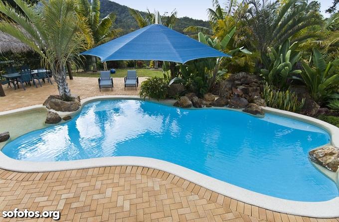 Modelos de piscinas para sua casa 40 fotos for Modelos de piscinas de campo