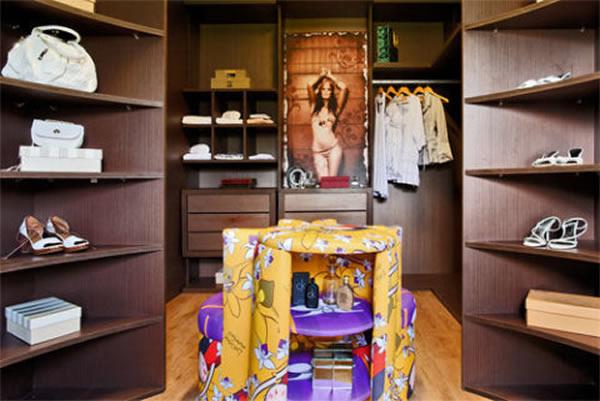 Closet Grande 8