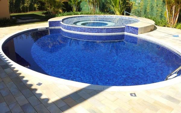 Como construir uma piscina todos os passos for Construir piscina