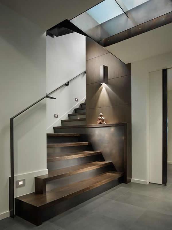 Escada de madeira 12