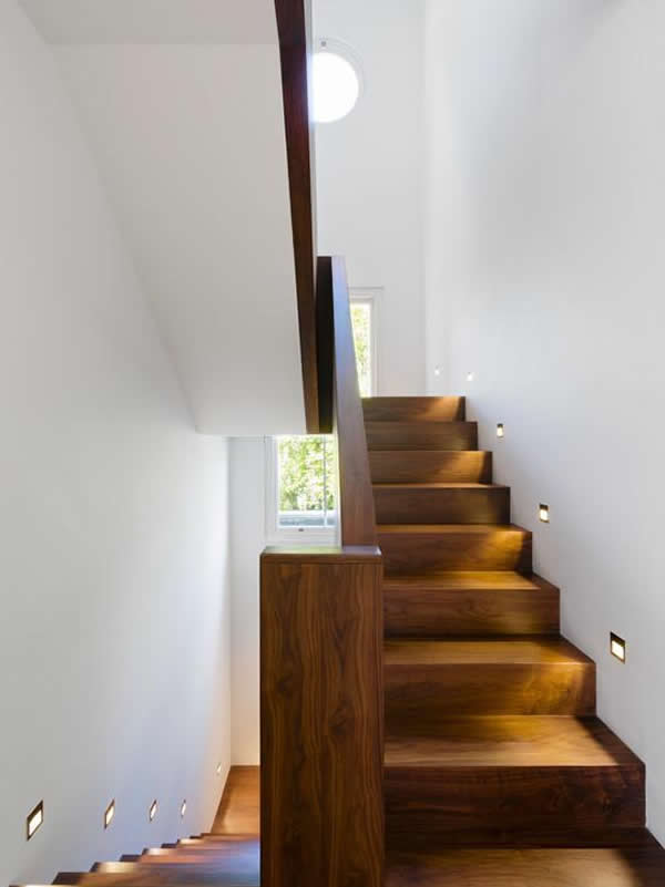 Escada de madeira 5