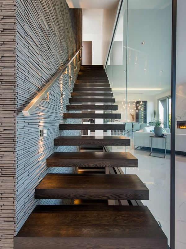 Escadas de madeira 28 modelos para sua casa for Imagenes escaleras modernas