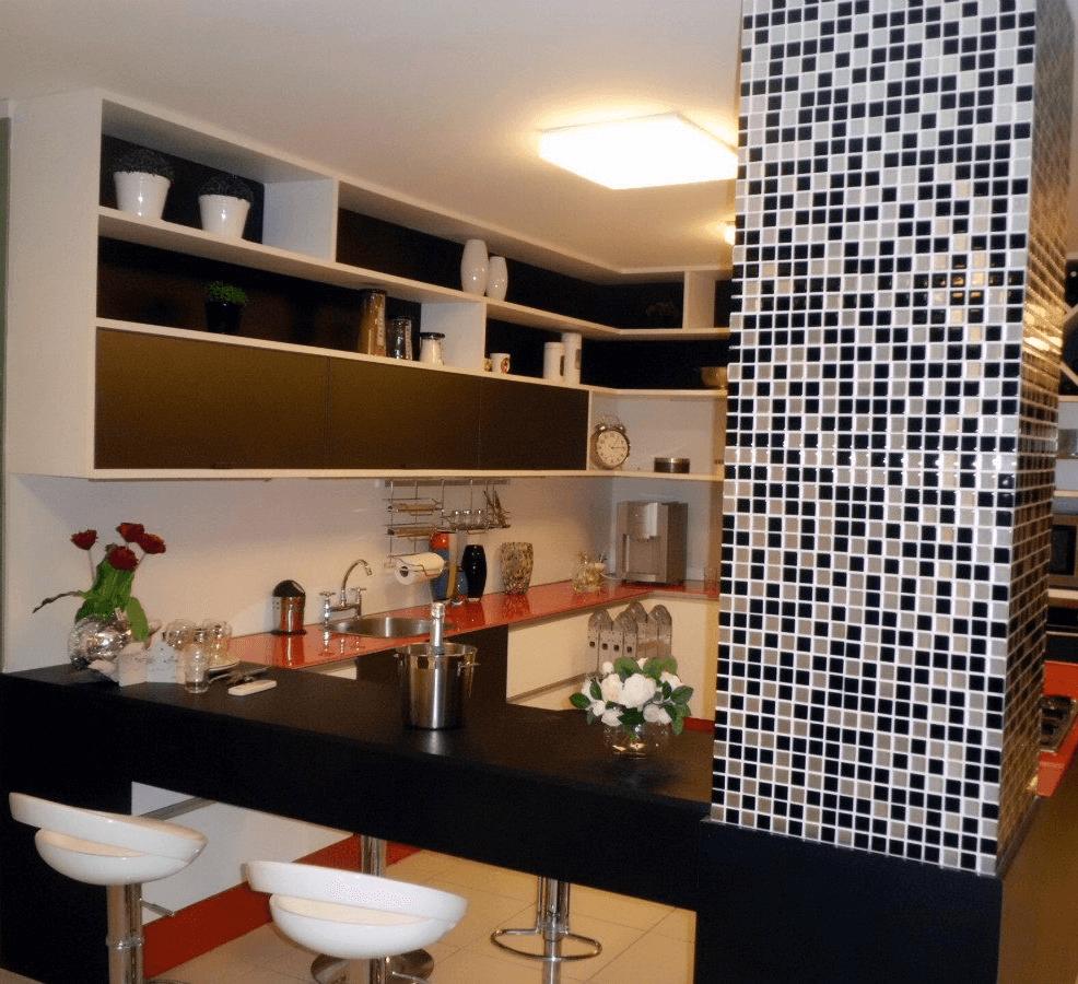 Pastilhas Adesivas Para Decora O Como Aplicar E Onde Encontrar ~ Cozinha Decorada Com Pastilhas
