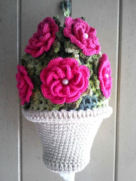 Puxa saco de flores de crochê