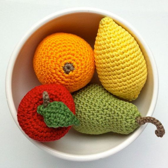 Puxa saco em formato de frutas