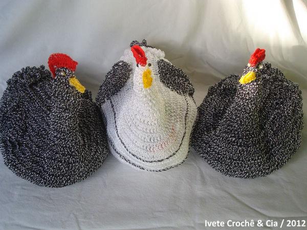 Puxa saco em formato de galinha