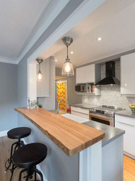 cozinha americana bancada de madeira