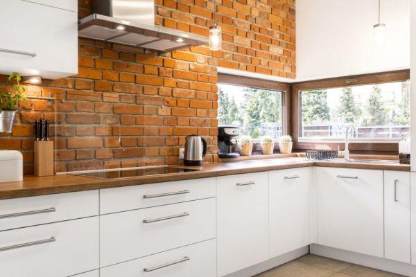 cozinha com tijolo de demolição