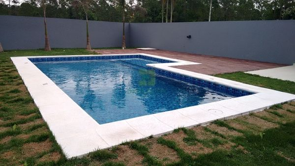 Bordas de Piscina