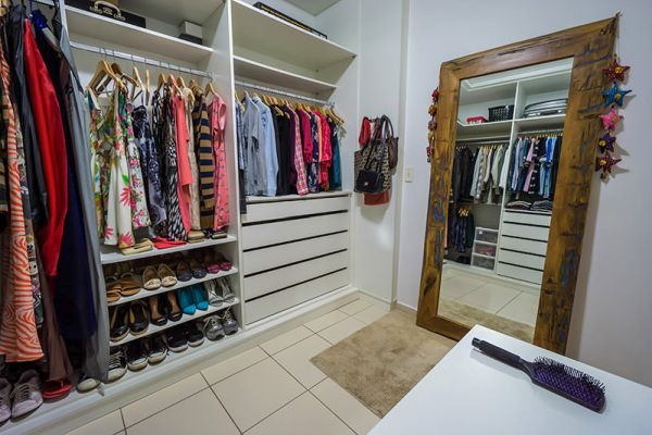 closet com espelho