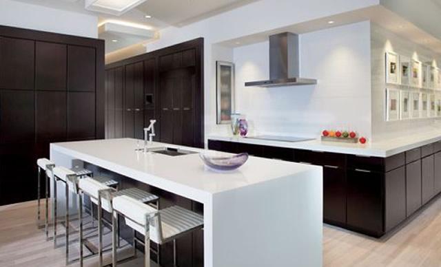 cozinha moderna com ilha grande
