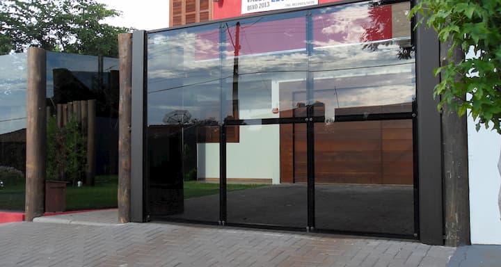 muro de vidro para casas modernas