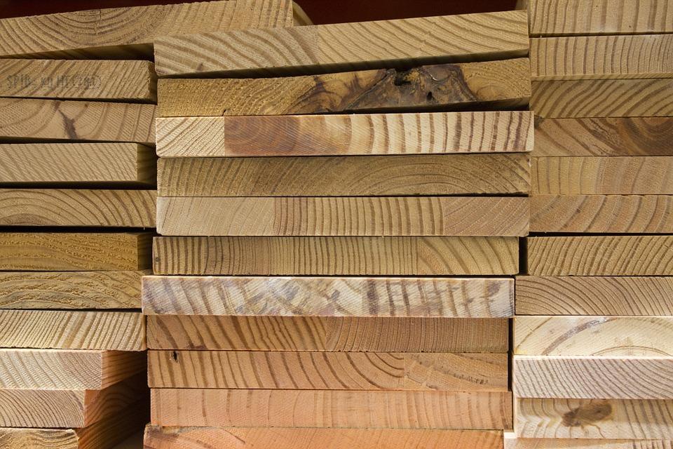 como fazer uma estante de madeira barato