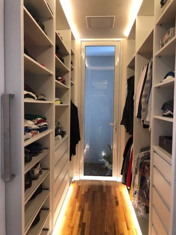 closet aberto ou fechado