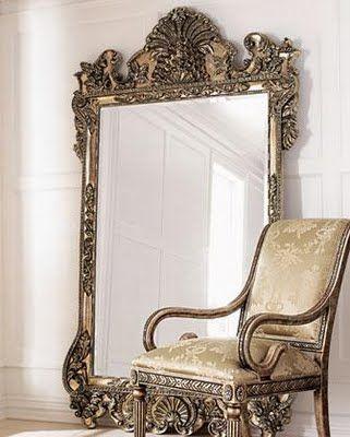 decoração com espelhos apoiados no chão 2