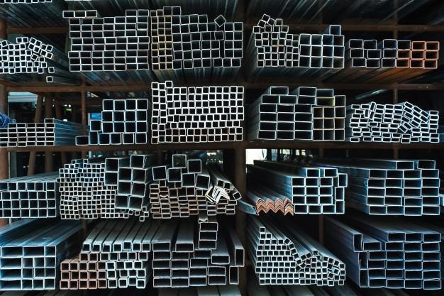 como retirar massa de cimento do ferro